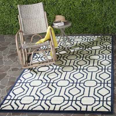 Maritza Ivory/Navy Outdoor Area Rug Rug Size: Rectangle 4 x 6