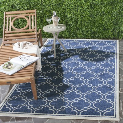 Maritza Navy / Ivory Indoor/Outdoor Area Rug Rug Size: Rectangle 5 x 8