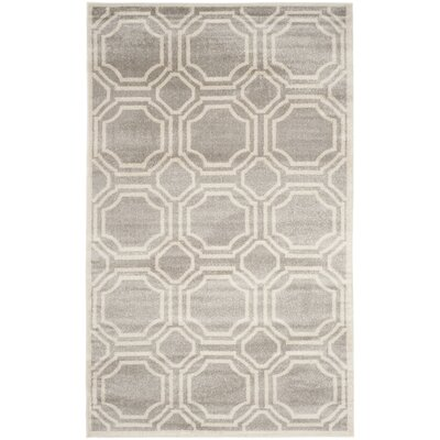 Maritza Geometric Light Gray/Ivory Indoor/Outdoor Area Rug Rug Size: 4 x 6