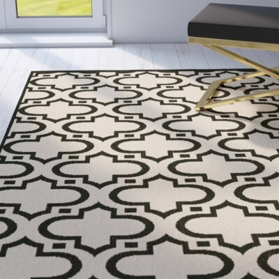 Riskin Cream/Black Indoor/Outdoor Area Rug Rug Size: 66 x 96