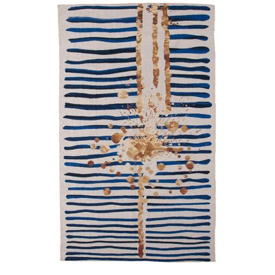 Champlon Hand-Woven Blue/White Area Rug