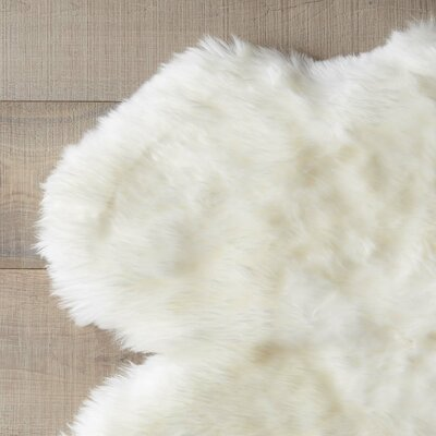 Stockton Sheepskin Rug