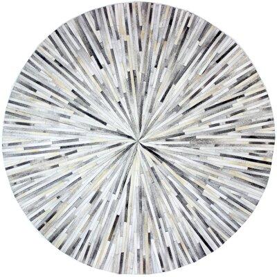 Berdina Hand Woven Gray/Silver Area Rug Rug Size: Round 8