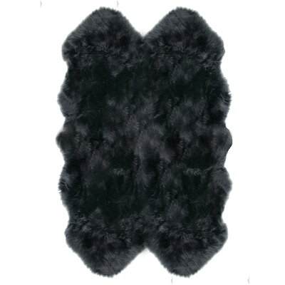 Christofor Sheepskin Steel Area Rug Rug Size: Quarto 4 x 6