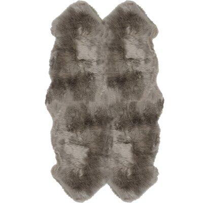 Christofor Sheepskin Vole Area Rug Rug Size: Quarto 4 x 6