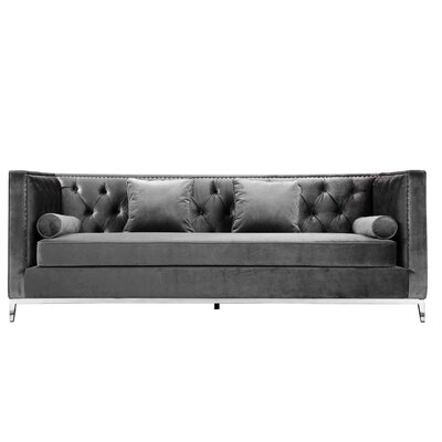 Messines Chesterfield Sofa