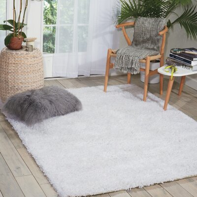 Sky Hand-Tufted White Area Rug Rug Size: Rectangle 76 x 96