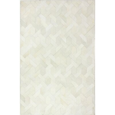 Heath Hand-Woven White Area Rug Rug Size: 5 x 8
