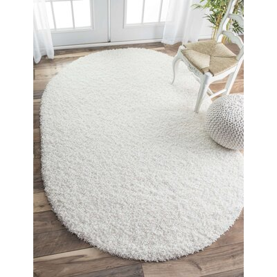Welford White Area Rug Rug Size: Oval 53 x 76