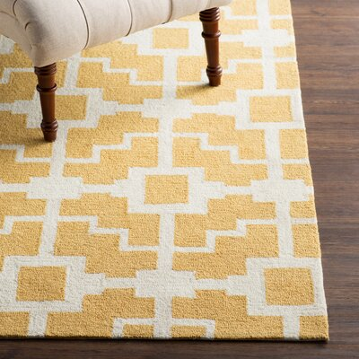 Mountain Gold/Ivory Indoor/Outdoor Area Rug Rug Size: 36 x 56