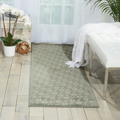 Blondelle Ivory/Green Area Rug Rug Size: 22 x 39