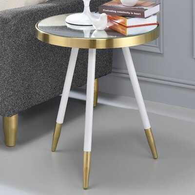 Leon End Table Color: White