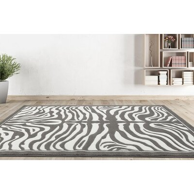 Creissant Gray Indoor/Outdoor Area Rug Rug Size: 5 x 7