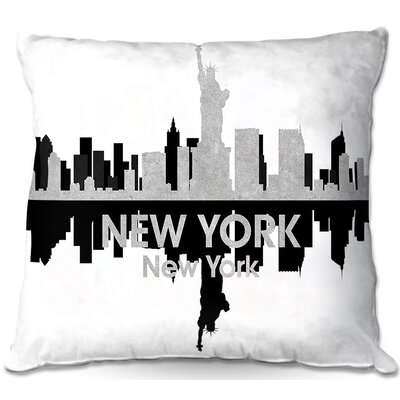 Statue of Liberty Throw Pillow Size: 22