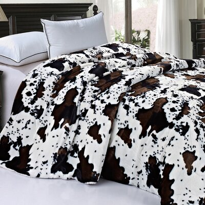 Safari Animal Nature Faux Fur and Sherpa Queen Size Blanket Color: Cow Flowers