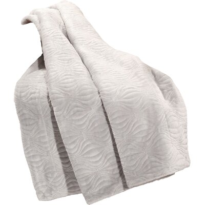 Quilted Flannel Fleece Throw Color: Silver Gray