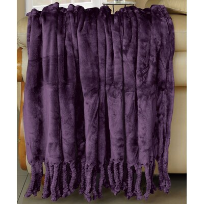 Flannel Fleece Braided Throw Color: Blackberry Wine