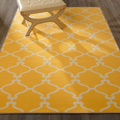 Clifton Yellow Area Rug Rug Size: 5 x 66