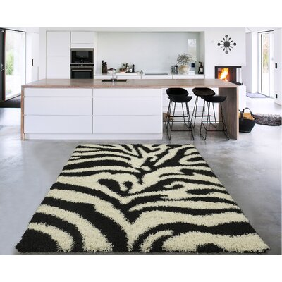 Cozy Black/White Area Rug Rug Size: Rectangle 33 x 5