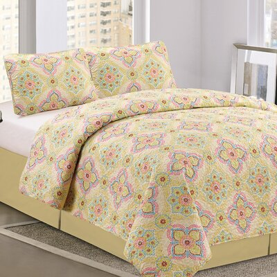 Floral 3 Piece Queen Quilt Set