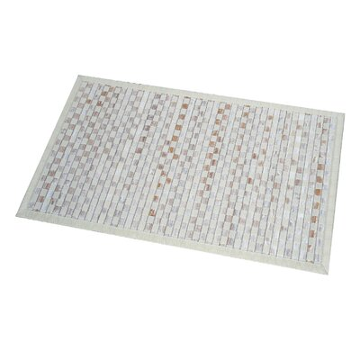 Checkerboard Bath Rug Color: Beige