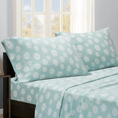 Snowflakes Sheet Set Size: Queen