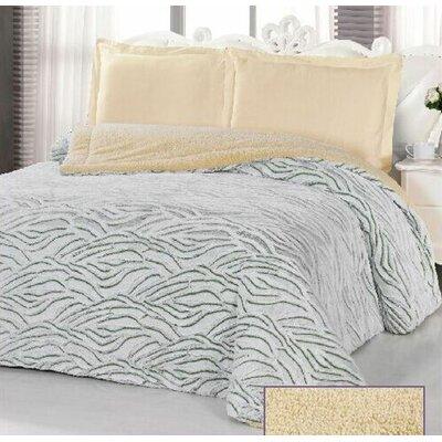 Borrego Luxurious 3 Ply Embossed Blanket