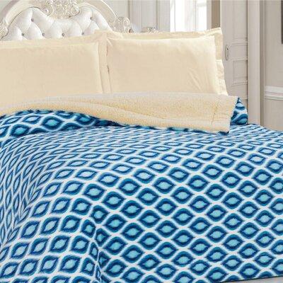 Borrego Soft Plush Faux Fur Blanket Color: Blue