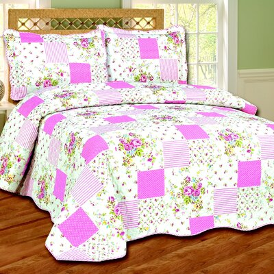 Jasmine 3 Piece Reversible Quilt Set Color: Pink, Size: King