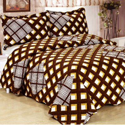 Jasmine 3 Piece Reversible Quilt Set Color: Brown, Size: Queen