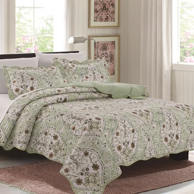 Lana 3 Piece Quilt Set Color: Sage, Size: Queen