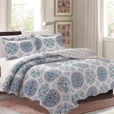 Lana 3 Piece Quilt Set Color: Blue, Size: King