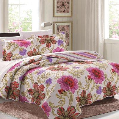 3 Piece Reversible Quilt Set Color: Pink, Size: Queen