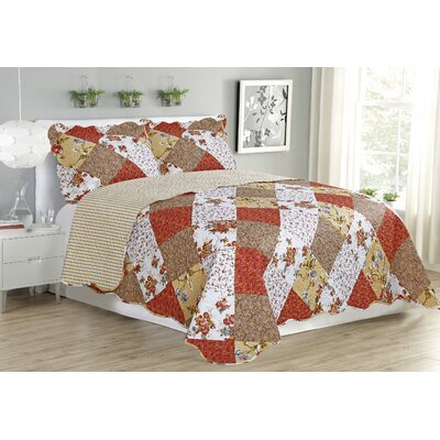 Jennifer 3 Piece Reversible Quilt Set Size: King