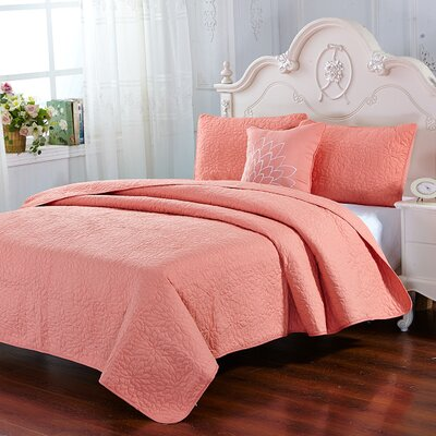 Stoehr 4 Piece Reversible Quilt Set Color: Coral, Size: Queen