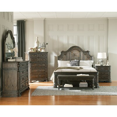 Quayle Platform Bed Size: California King