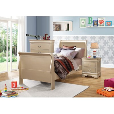 Highland Creek Sleigh Bed Size: Full