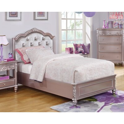 Erwann Upholstered Platform Bed Size: Full