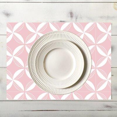 Pinwheel Placemat Color: Pink place_pinwheel_18x12_Pink