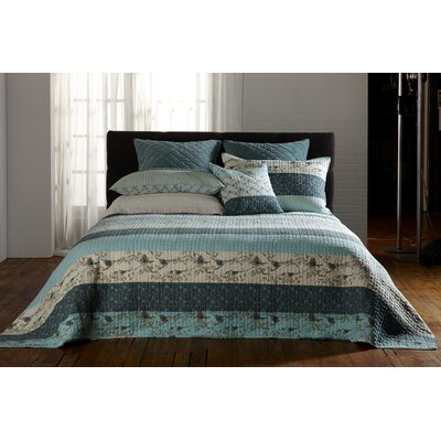 Birdie Reversible Quilt Set Size: Double/Queen