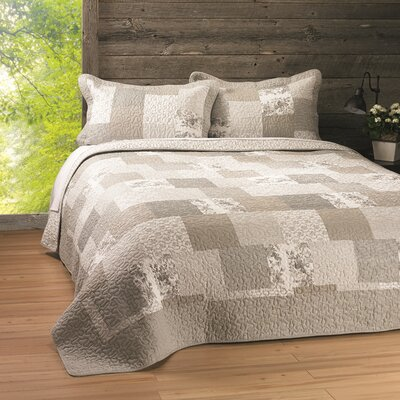 Antik Claudia Quilt Set Size: Double/Queen