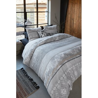 Winter 3 Piece Duvet Cover Set Size: King