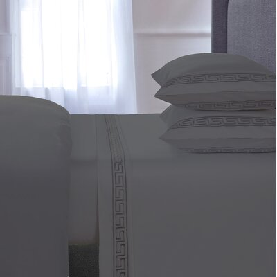Chasing Embroidered 4 Piece 600 Thread Count 100% Cotton Sheet Set Size: Queen, Color: Gray