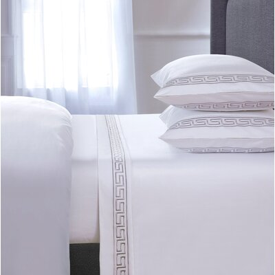 Chasing Embroidered 4 Piece 600 Thread Count 100% Cotton Sheet Set Size: Queen, Color: White
