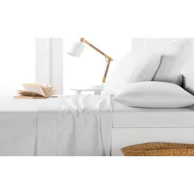 Andress Rayon Bamboo 600 Thread Count Sheet Set Size: King, Color: White