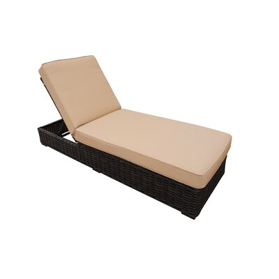 Santa Monica Chaise Lounge with Cushion
