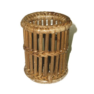 Rattan Ribbed Pen Cup Basket