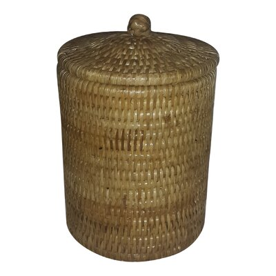Rattan Medium Round Peak Knot Basket