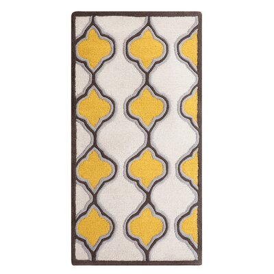Tire Hand-Tufted Yellow/Beige Area Rug Rug Size: Rectangle 27 x 411