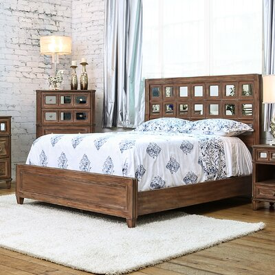 Roscommon Platform Bed